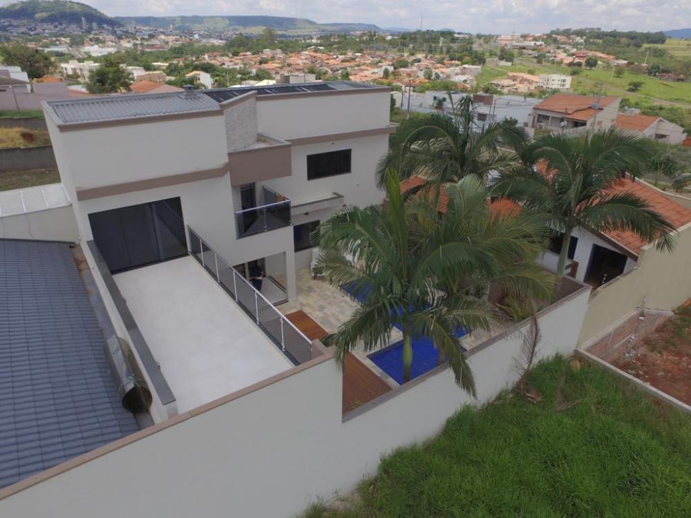 Casa Alto Padrão, Bairro Nobre, Santo Antônio da Platina, Paraná.