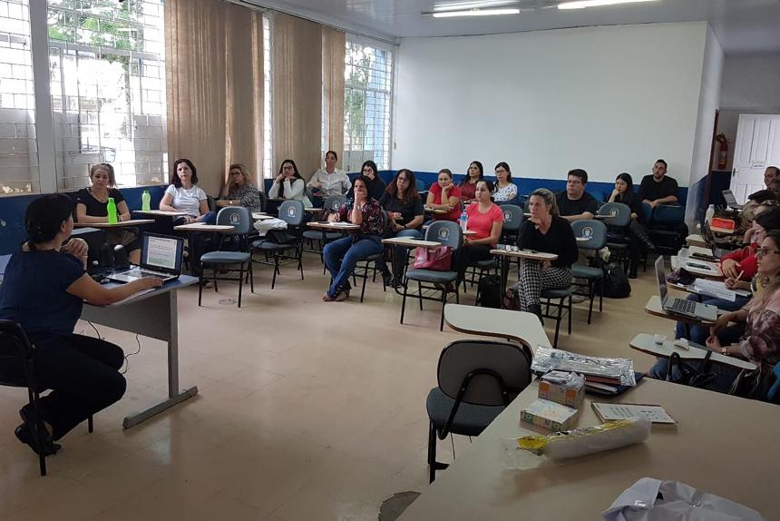 Professores da rede municipal de Cornélio Procópio são capacitados a lecionar para alunos com Autismo e Discalculia - Divulgação