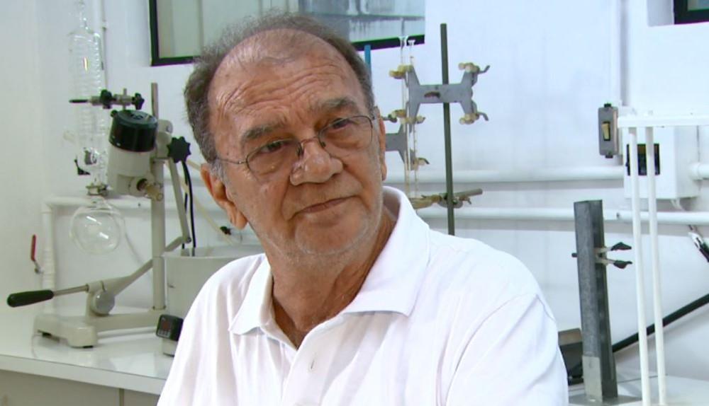 O químico Gilberto Chierice, pesquisador que desenvolveu a fosfoetanolamina sintética na USP de São Carlos — Foto: Wilson Aiello/ EPTV