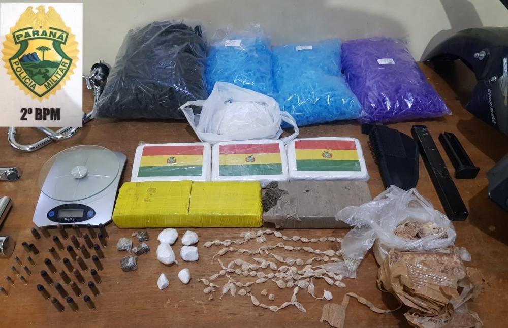 Droga apreendida pela PM renderia cerca de R$ 150 mil ao traficante - Divulgação/PM