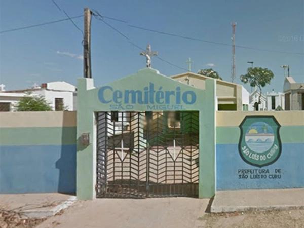 Raimundo foi sepultado no Cemitério Municipal de São Luis do Curu, por volta das 18 horas (Foto: Reprodução/Google Street View)