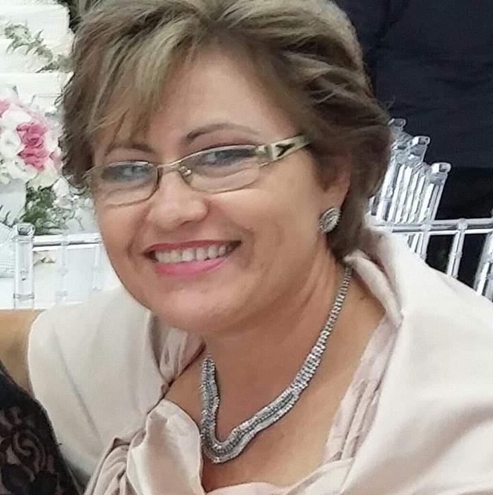 Claudia Helena Negrão Batista deixa duas filhas