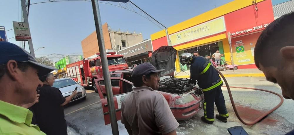 Fogo em carro da prefeitura de Santo Antônio assusta moradores