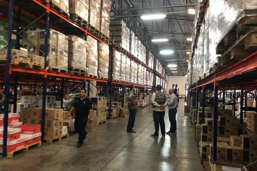 Foram verificadas divergências entre o estoque de mercadorias encontrado nos estabelecimentos e a falta de documentação fiscal regulamentar - AEN