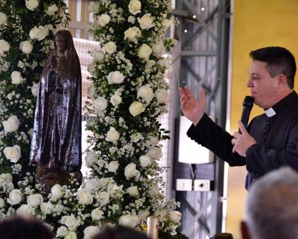 Imagem de Nossa Senhora de Fátima levou milhares de fieis ao Santuário Santíssimo Nome de Jesus, em Joaquim Távora