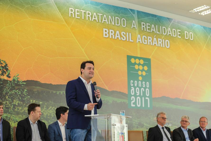 Dados do levantamento feito em todo o País pelo IBGE foram apresentados nesta sexta-feira (25), no Palácio Iguaçu - AEN