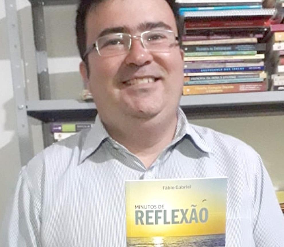 Professor Fábio Gabriel