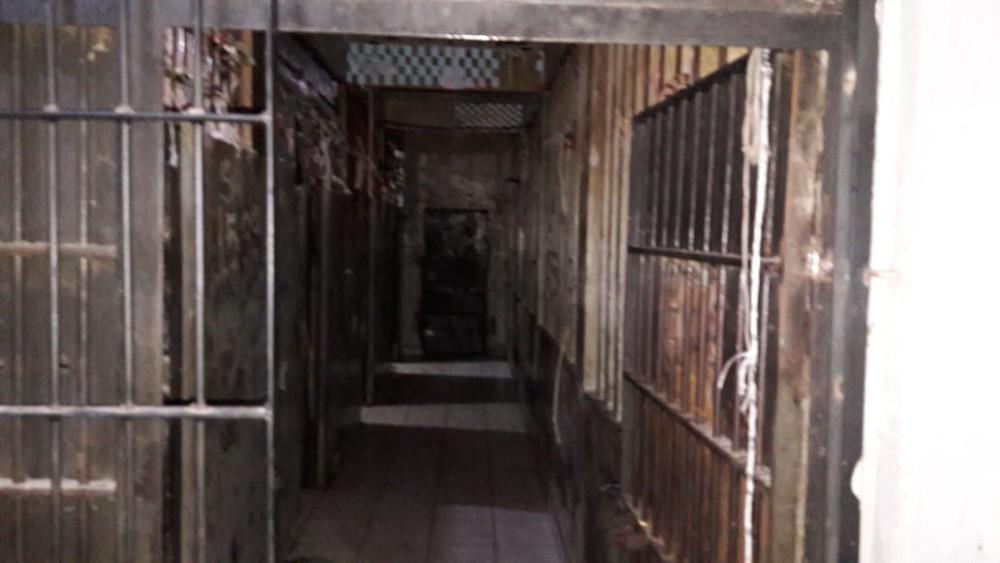 Policiais e agentes carcerários alertaram sobre risco de rebelião com fuga em massa