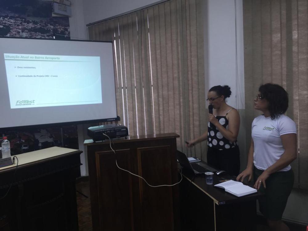 Palestra na Câmara de Vereadores alertou sobre o risco iminente de nova epidemia de dengue em Jacarezinho - Divulgação