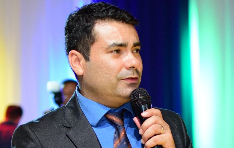 Paulo Leonar foi um dos palestrantes do 1º Encontro Paranaense de Eficiência Energética - Arquivo