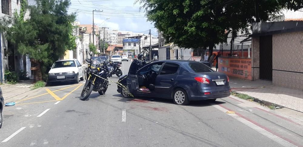 O homem foi capturado próximo ao cruzamento das ruas Gustavo Sampaio com Raimundo Arruda, na Parquelândia — Foto: Leábem Monteiro/SVM