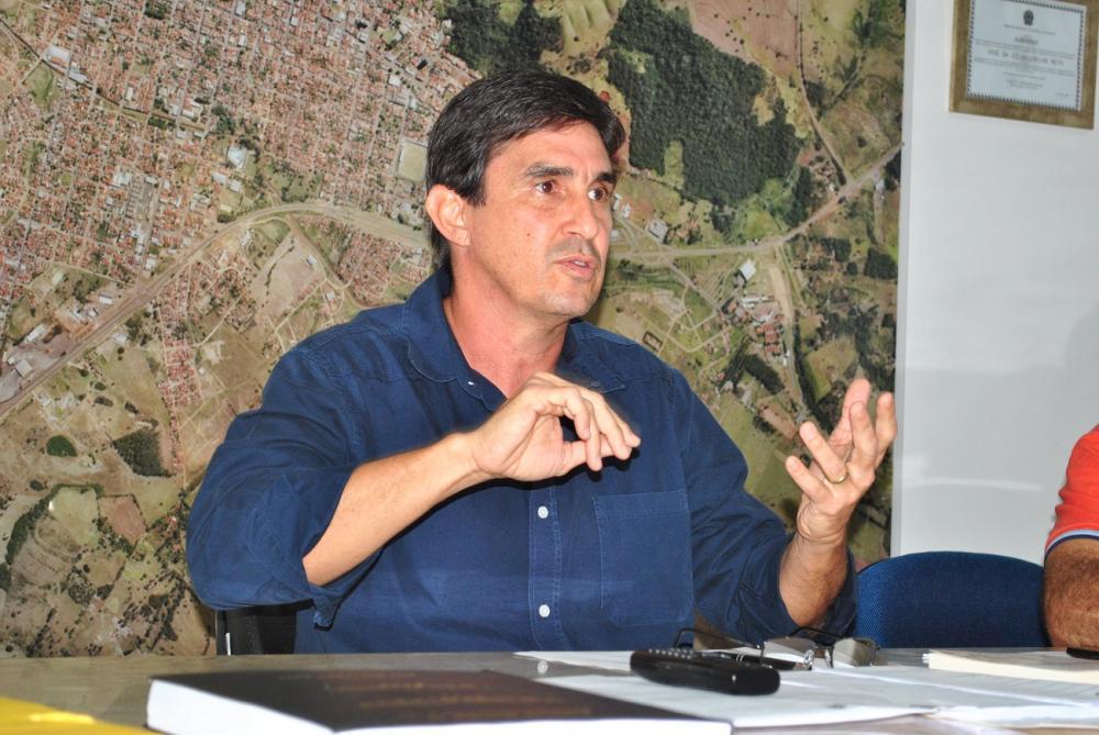 Zezão orientou a população durante entrevista à Difusora FM - Foto: Antônio de Picolli