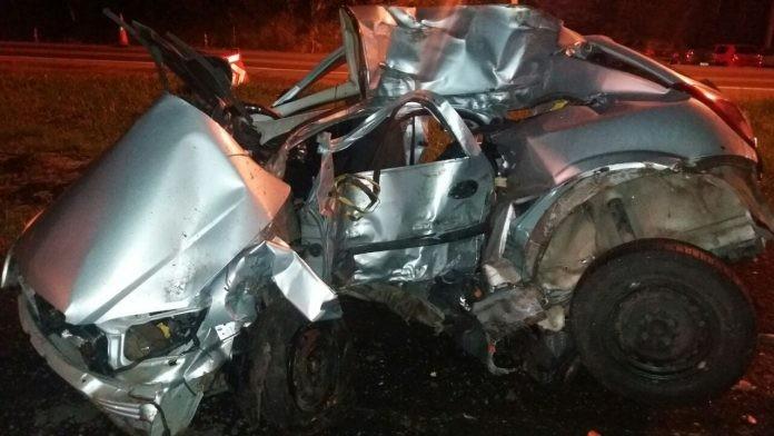 Pai e filha morrem em acidente de carro na BR-376, em Ponta Grossa