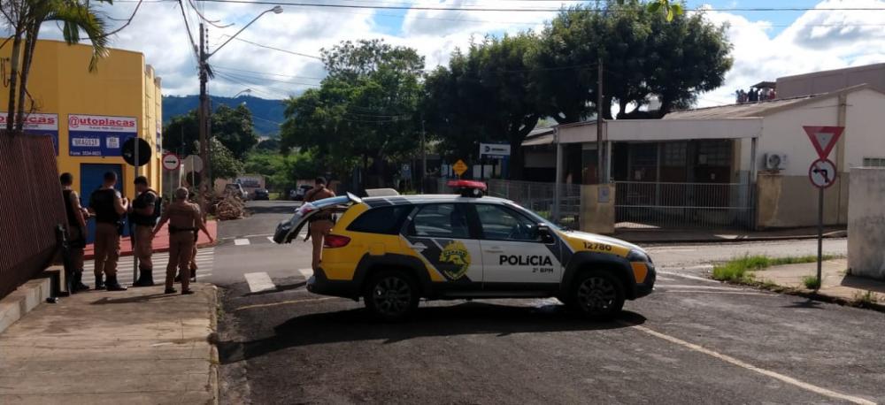 Presos tomaram a cadeia de Santo Antônio da Platina na manhã de domingo (9) - Foto: Luiz Guilherme Bannwart