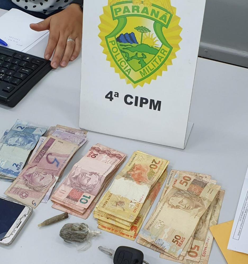 Durante a operação foram apreendidos R$ 14,4 mil em dinheiro - Divulgação/PM