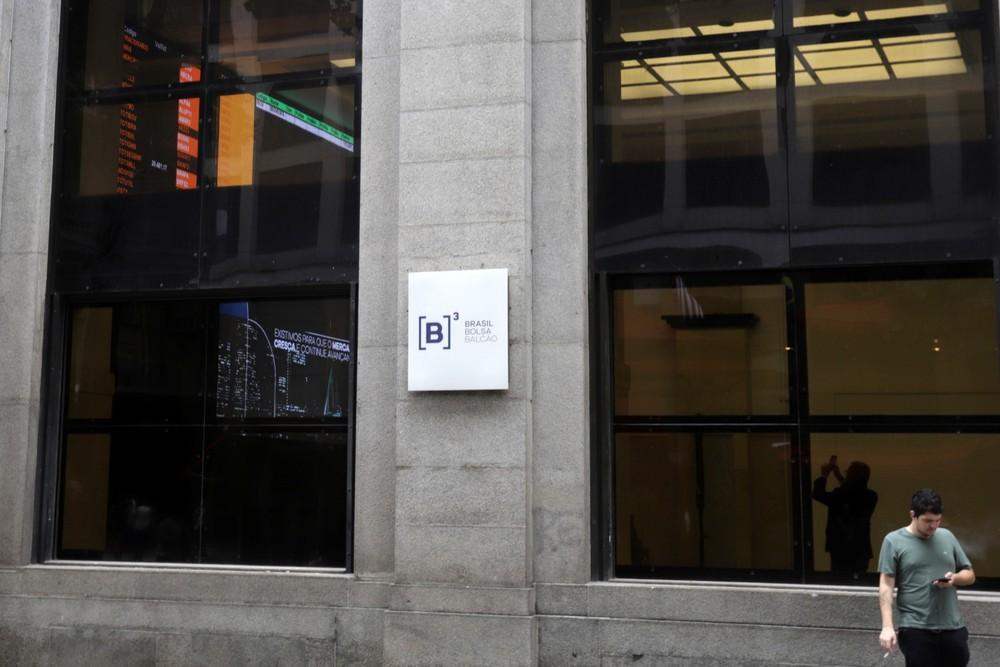 Ibobespa - Fachada do prédio da B3, a bolsa brasileira, no Centro de São Paulo — Foto: Rahel Patrasso/Reuters