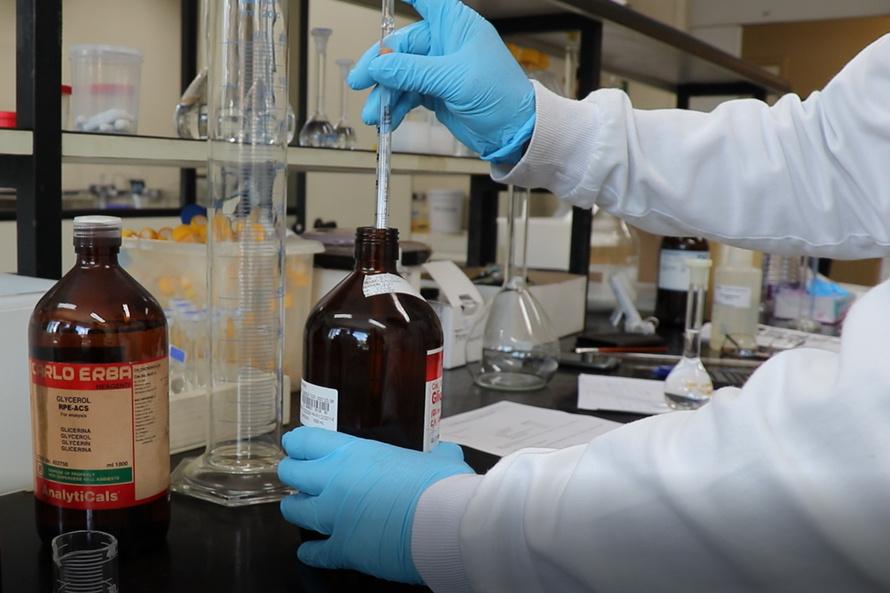 Tecpar inicia processos para produção de álcool 70%