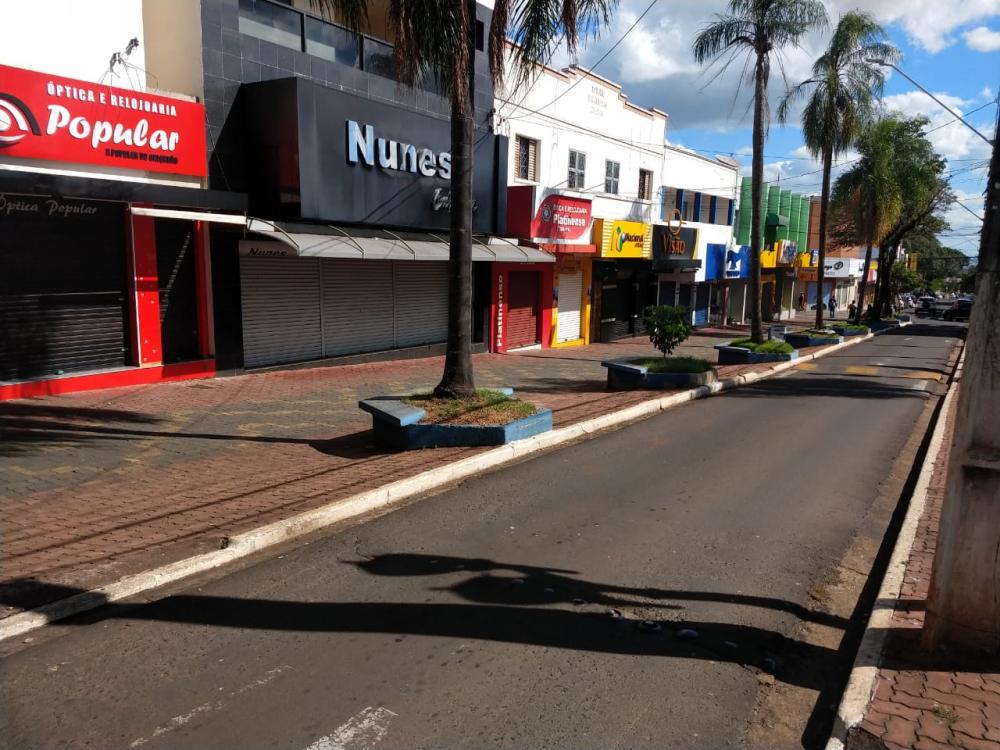 Decreto municipal editado na sexta-feira (20) determinou o fechamento do comércio platinense - Luiz Guilherme Bannwart