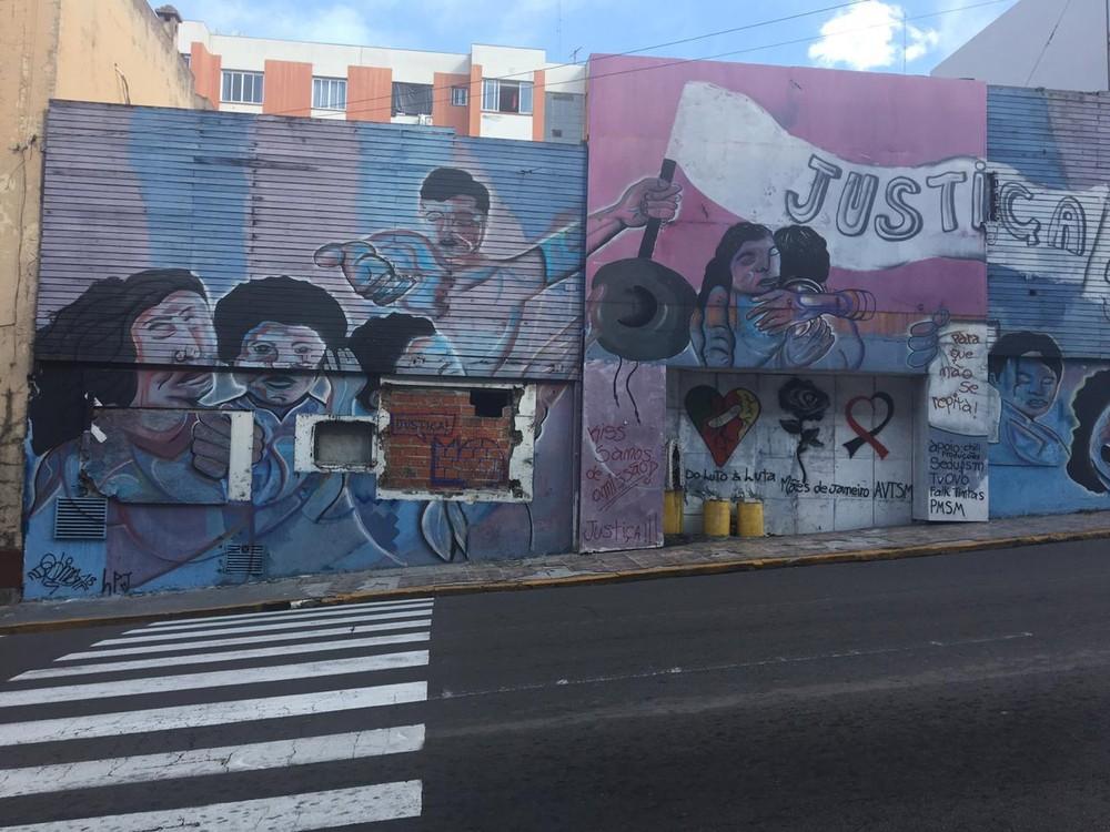 Obra na fachada do prédio da boate Kiss, em Santa Maria, terá início na manhã desta quarta — Foto: Fabiana Lemos/RBS TV