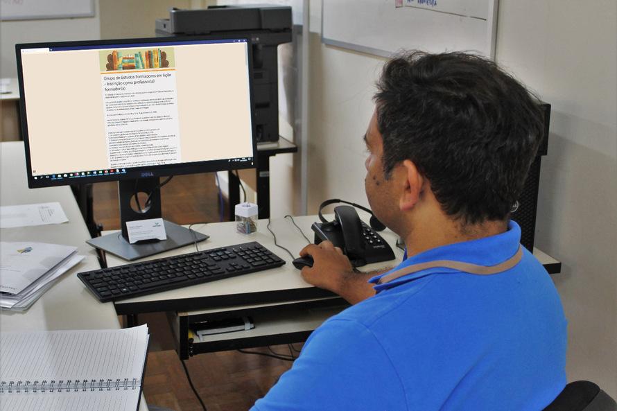Educação lança edital com 500 bolsas para Professor Formador