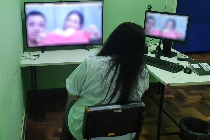 Visitas virtuais são ampliadas no sistema prisional do Paraná